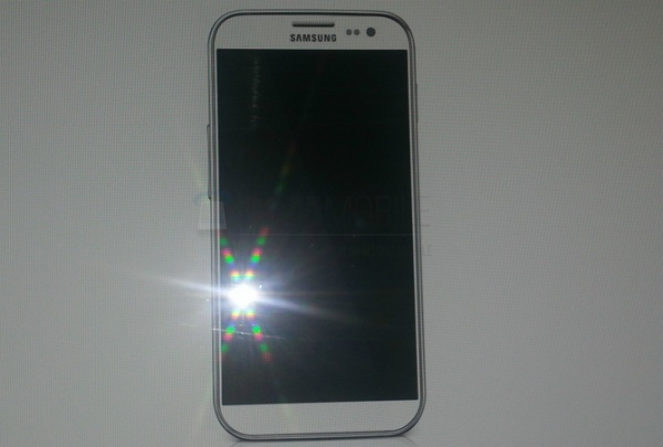 samsung-galaxy-s4-picture-2013