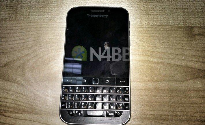 blackberry classic leak
