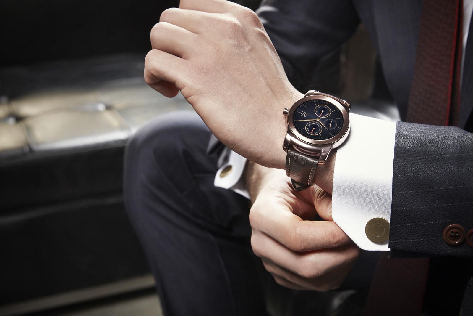 lg watch urbane suit