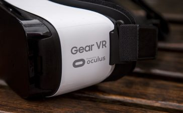 Samsung Gear VR compatible phones