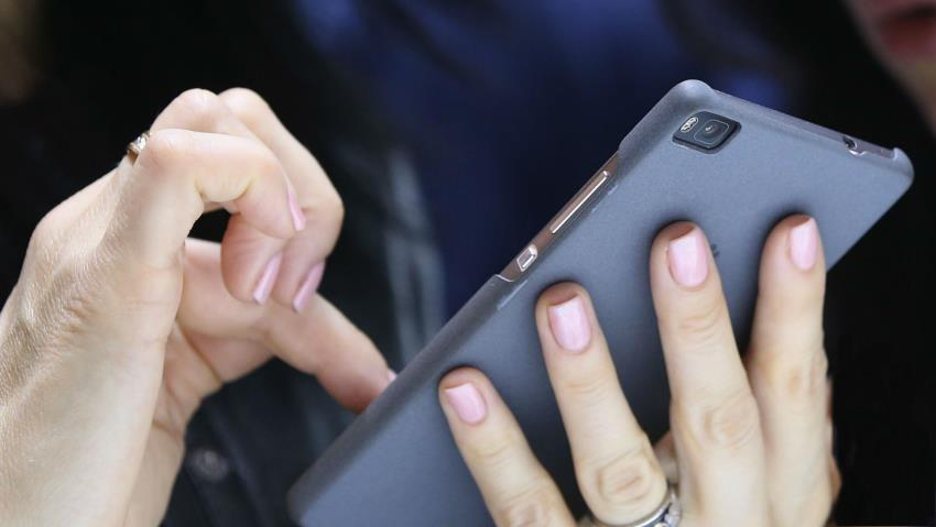 How to tell if your phone has a virus and get rid of it
